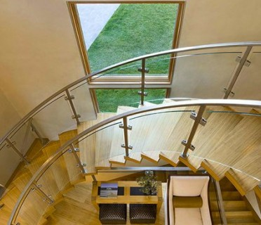 Деревянная лестница ДЛМ02