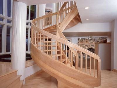 Деревянная лестница ДЛД15